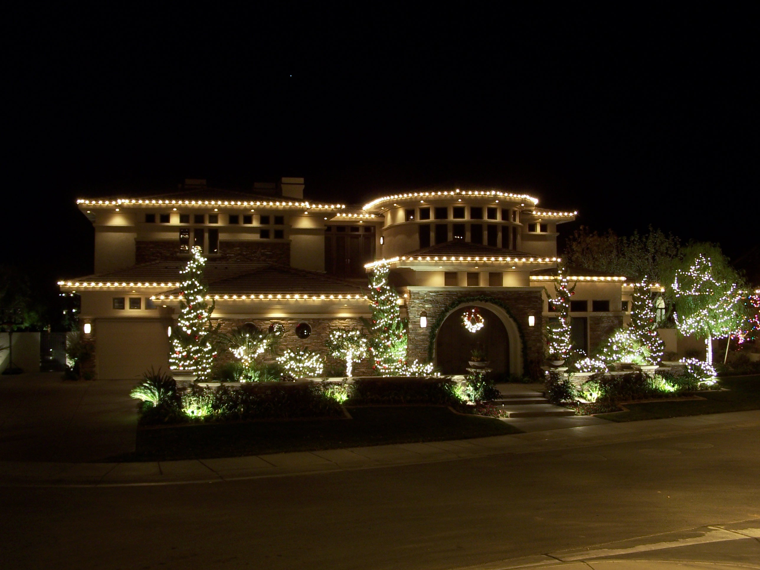 holidayilluminationcom christmas and holiday light installation service - Outdoor Christmas Light Decorators
